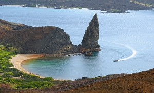 Snorkeling Beach and Pinnacle Rock, Bartolome Island
