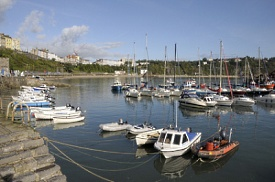 Milford Haven, Gales