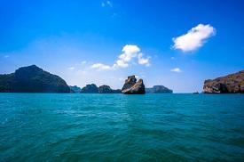 Bahía Triton, Indonesia