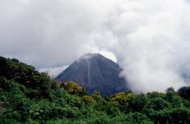Krakatoa (Volcán), Indonesia